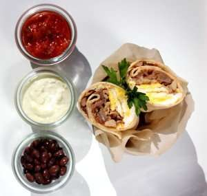 Pulled Pork Breakfast Burrito www.dailytiramisu.com