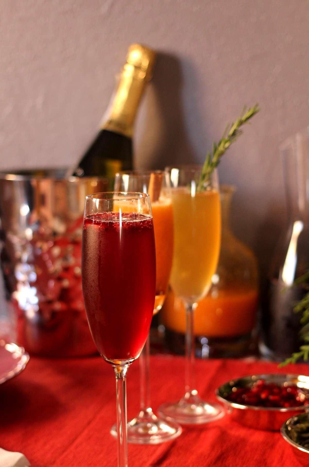 DIY Seasonal Bellini Bar www.dailytiramisu.com
