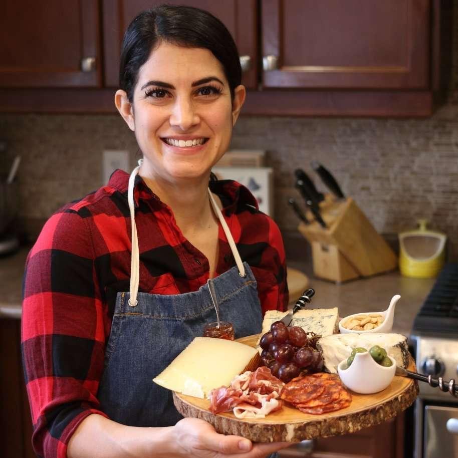 julie miguel of daily tiramisu shares a tutorial about the anatomy of a cheese board on dailytiramisu.com