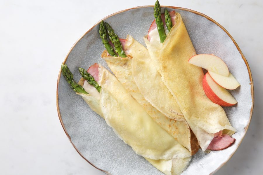 Breakfast Made Simple – Buttermilk Crepes (with Cheese, Ham & Asparagus)