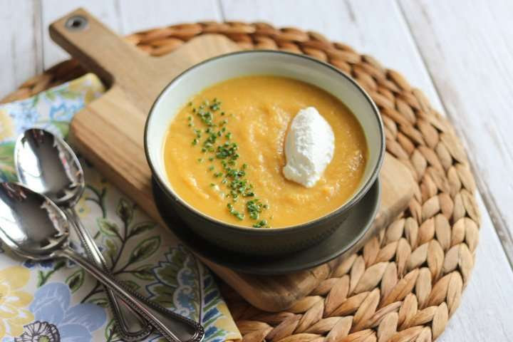 Curried Cauliflower & Sweet Potato Soup