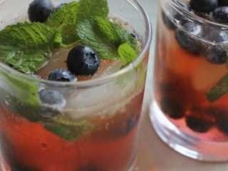 IMG 3229 400x400 2 blueberry Kombucha Cocktails - Blueberry Mojito & Peach Raspberry Sangria